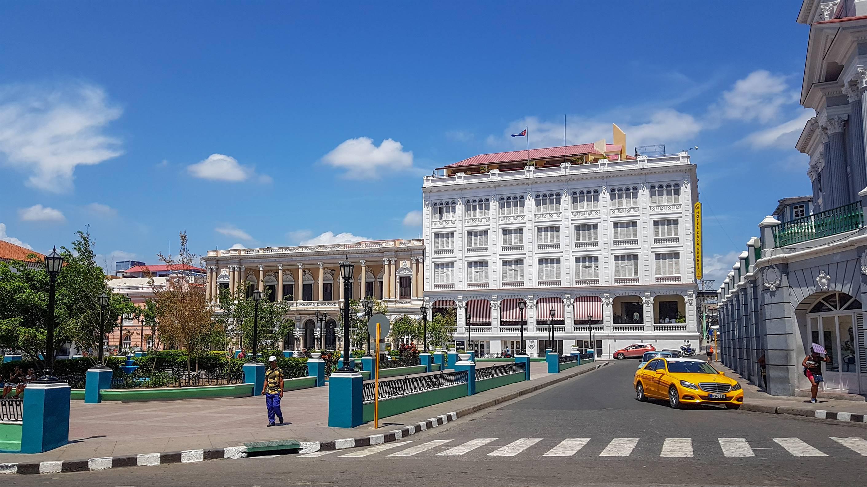 Parque Cespedes - Santiago de Cuba - CUBA