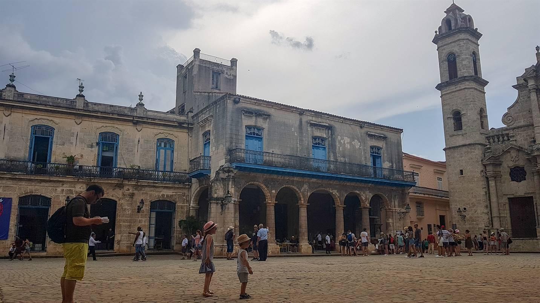 Plazza de la Catedral, La Havane, Cuba