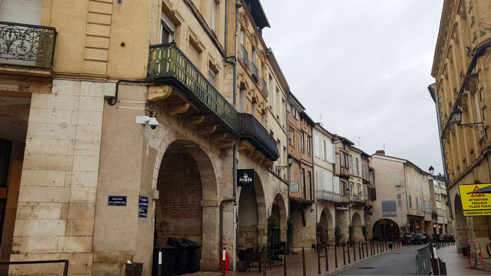 Place des Laitiers, Agen